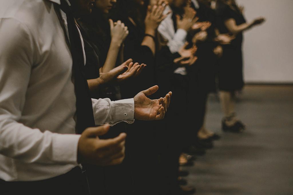 Cómo orar en familia | 7 prácticas